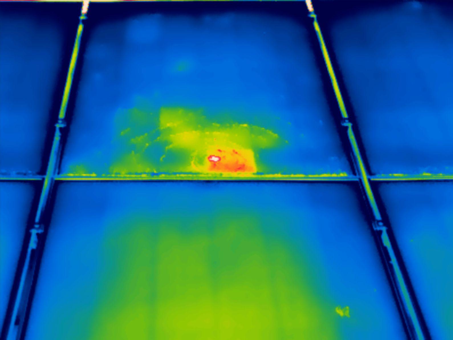 Thermografie bij beschadigde zonnepanelen
