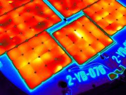 Thermografiekeur past thermografie toe bij zonne-energie en zonnepanelen